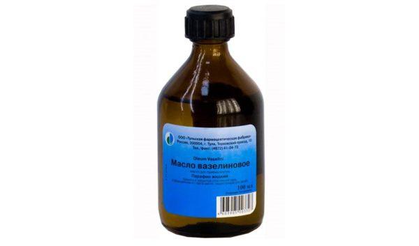 Вазелиновое масло при запорах у собак. Как действует, когда применять